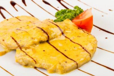 Fleisch in gelb weichen Sauce