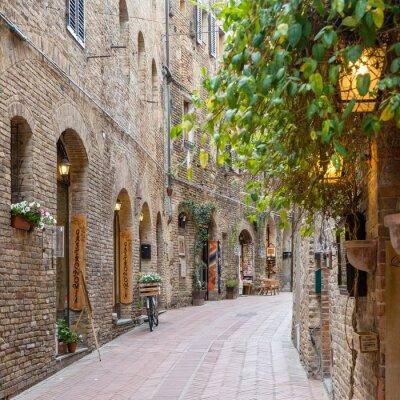 Sticker Gasse in der Altstadt Toskana