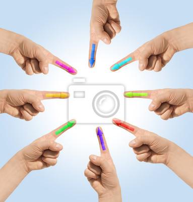 Hände zeigt mit Zeigefinger auf etwas