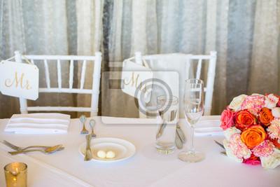 Hochzeitsdekoration Mit Rosa Blumen Goldenen Kerzen Und Rose