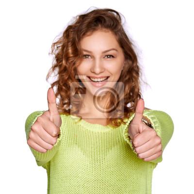 Lächelnde Frau mit Daumen nach oben