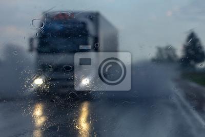 LKW in der regen