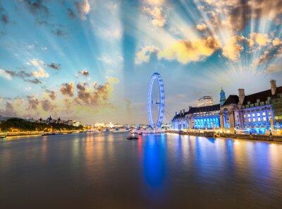 Sticker London Skyline entlang Themse und berühmte London Eye Rad auf einer Won