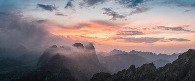 Sticker Majestic Sonnenuntergang mit Berg
