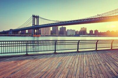 Sticker Manhattan-Brücke über East River bei Sonnenuntergang