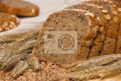 Sticker Mehrkornbrot dekoriert mit Getreide