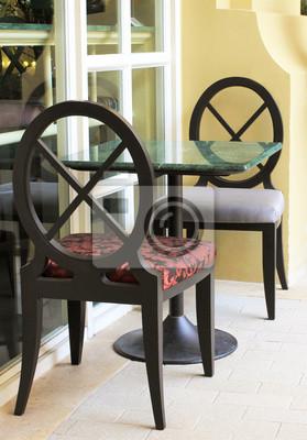 Moderne Tisch und Stuhl Einstellung in Restaurant im Freien