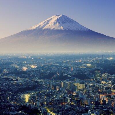 Sticker Mount Fuji. Fujiyama. Luftaufnahme mit Cityspace surreal erschossen. J