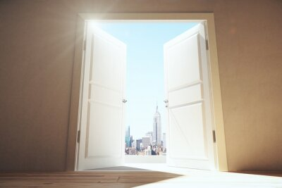 Sticker Öffnen Sie Türen vom leeren Raum zur Megapolis-Stadt mit Wolkenkratzern