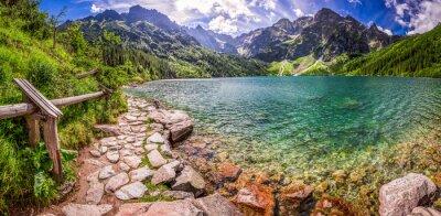 Sticker Panorama des Teiches in der Mitte der Tatra Berge
