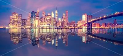 Sticker Panorama von Manhattan-Stadtmitte an der Dämmerung mit Wolkenkratzern, New York City