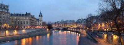Paris - Blick vom Pont Neuf -Brücke bei Nacht