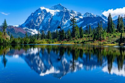 Sticker Picture Lake Reflection of Mount Shuksan
