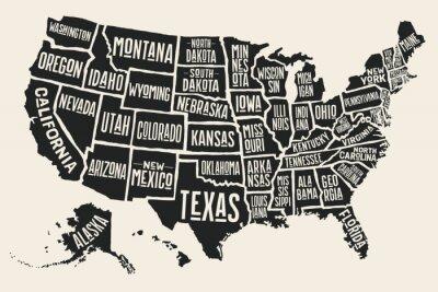 Sticker Plakat-Karte von Vereinigten Staaten von Amerika mit staatlichen Namen. Schwarzweiss-Druckkarte von USA für T-Shirt, Plakat oder geographische Themen. Von Hand gezeichnete schwarze Karte mit Staaten.
