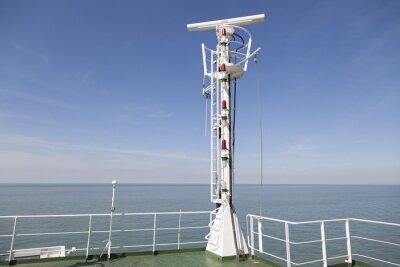 Sticker Radarmast auf dem Peildeck eines Frachtschiffes