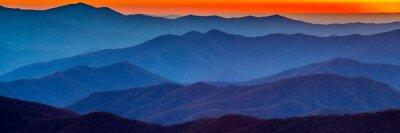 Sticker Rauchiger Berg Sonnenuntergang