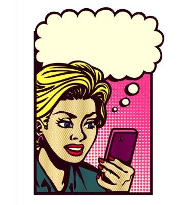 Sticker Retro Comic-Buch-Stil Frau im Smartphone suchen, SMS, SMS-Nachricht zu lesen, SMS, und das Denken mit Sprechblase Vektor Jahrgang Popkunstillustration