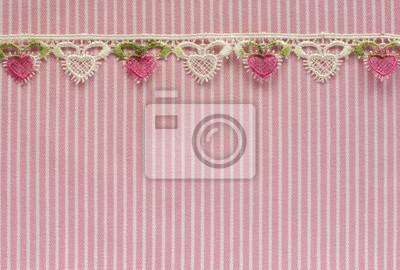 Rosa und weiße Jeans mit floraler Spitze