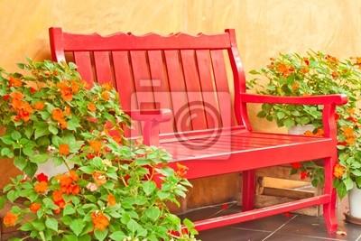 rot Sessel im Garten