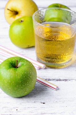 Sticker Saft von grünem Apfel