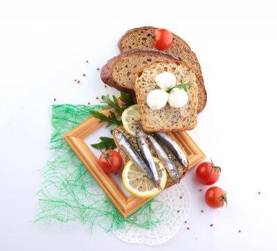 Sticker Sardinen auf Scheibe Brot
