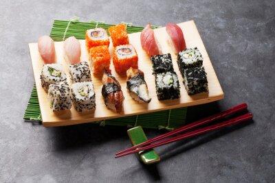 Sticker Satz von Sushi und Maki Rolle