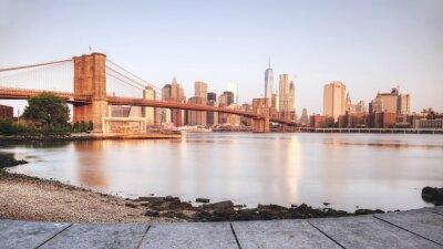 Sticker Scenic Sonnenuntergang von New York City vom Ufer des Flusses