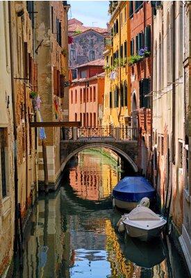 Sticker Schmalen Kanal Straße in Venedig, Italien