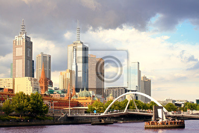 Schöne Aussicht auf die Stadt Melbourne bei Sonnenuntergang