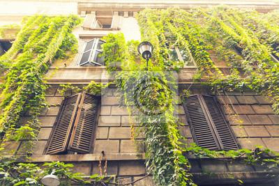 Schöne Gebäude im alten Teil von Rom, Italien