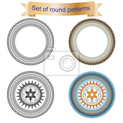 Set aus runden geometrischen Ornamente isoliert auf einem weißen Hintergrund.