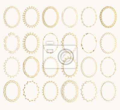 Sticker Set von goldenen ovalen Hand gezeichneten Frames. Vektor-Design-Elemente. Fancy Darstellung. Isoliert