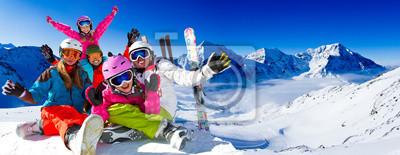 Sticker Skifahren, Panorama - Familie genießen Winterurlaub