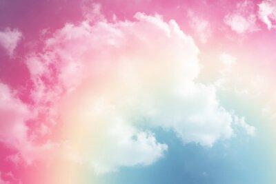Sticker Sonnen- und Wolkenhintergrund mit einem Pastell gefärbt
