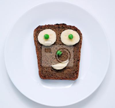 Stock-Foto-lustig-und-süß-Gesicht-Toast-für-Frühstück-oder-Mittagessen-Essen-auf-dem-weißen-Hintergrund