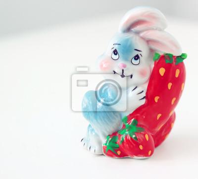 Stock-Foto-Ton-Hase-aus-Keramik-Porzellan-Figur-Weiß-Hintergrund