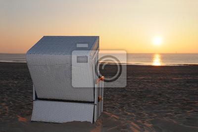 Strandkorb sonnenuntergang  Strandkorb sonnenuntergang nordsee ostsee notebook-sticker ...