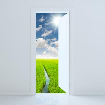 Sticker Tür offen für Schönheit grünes Feld
