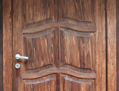 Türgriff auf natürliche Holztür