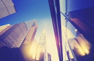 Sticker Vintage-Stil Manhattan Wolkenkratzer bei Sonnenuntergang, NYC, USA.