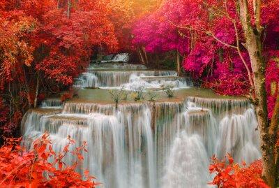 Sticker Wasserfall im tiefen Regenwalddschungel (Huay Mae Kamin Wasserfall i