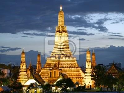 Wat Arun Tempel in der Abenddämmerung