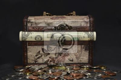 Wooden vintage Truhe mit amerikanischem Geld, dolars