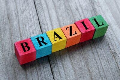 Sticker Wort Brasilien auf bunten Holzwürfel