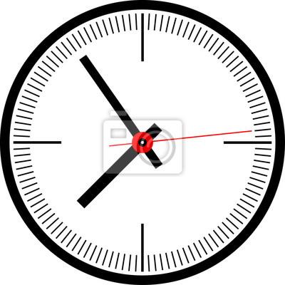 Черные круглые часы